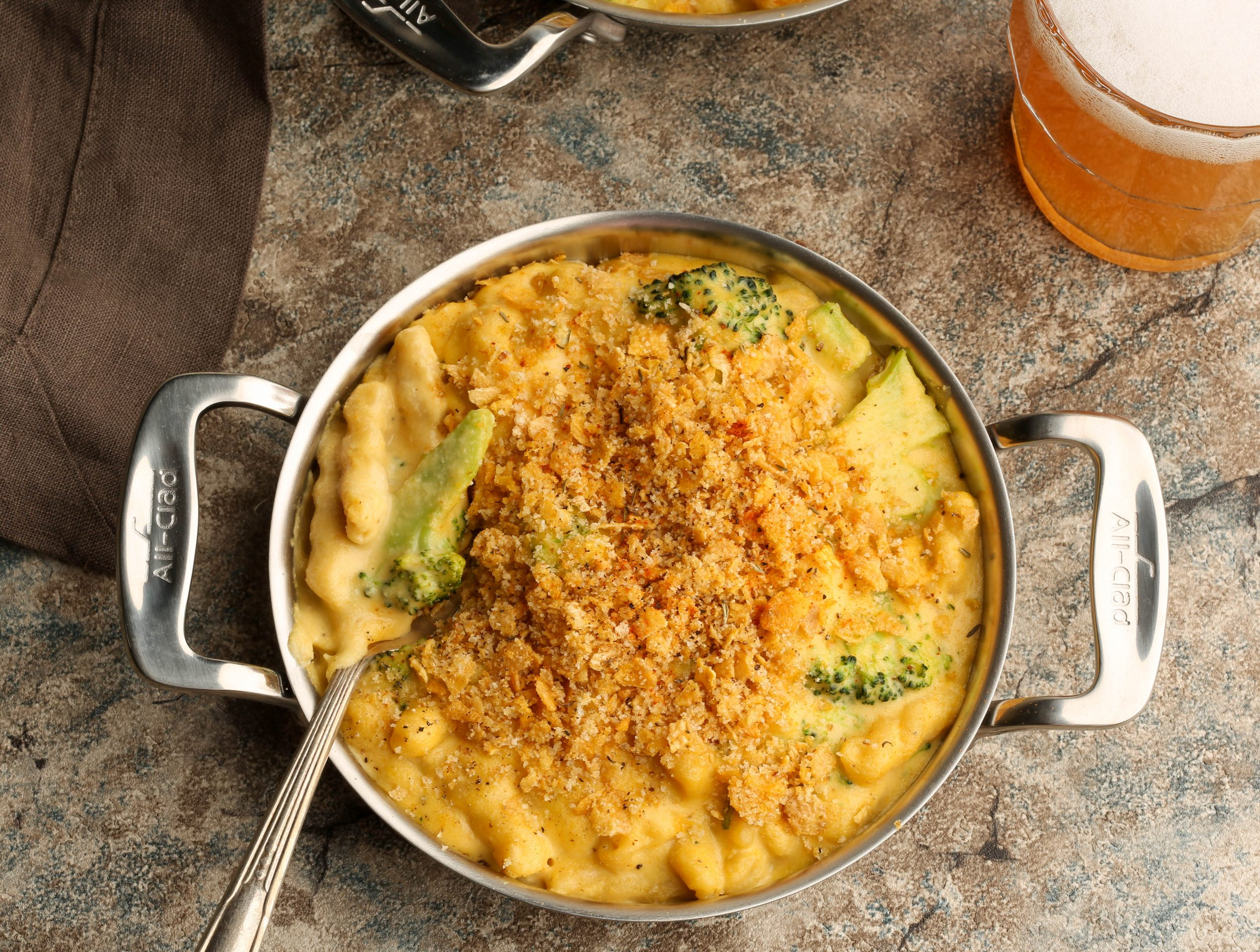"Roasted Garlic Beer and Broccoli Baked Mac & ""Cheese"""